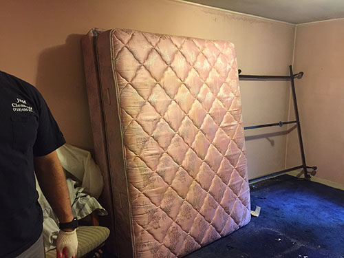 Mattress and metal frame removal - New York City